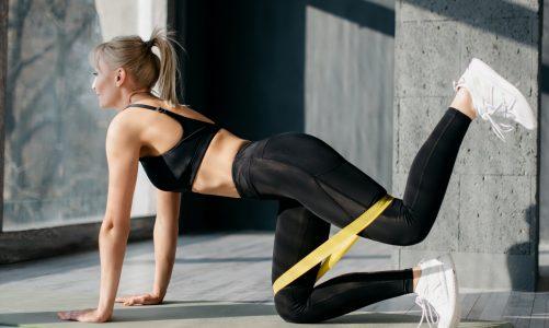Укрепите свое бедро с помощью этой тренировки